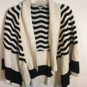 Charlotte Russe Black and Tan cardigan size M